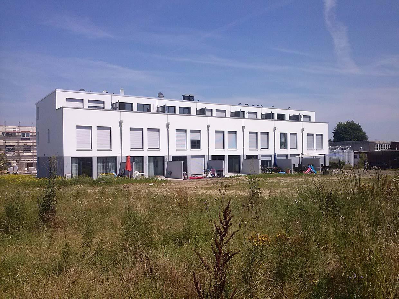 Budynek w zabudowie szeregowej w Hanowerze, Henriette-Gottschalk-Anger Str. (Niemcy)
