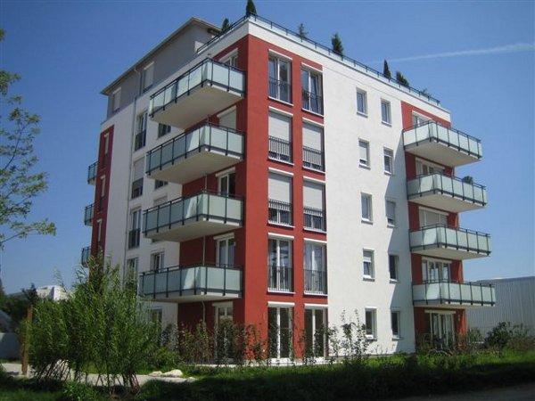 Trzy budynki apartamentowe w Monachium przy Leopoldstrasse 250 (Niemcy)