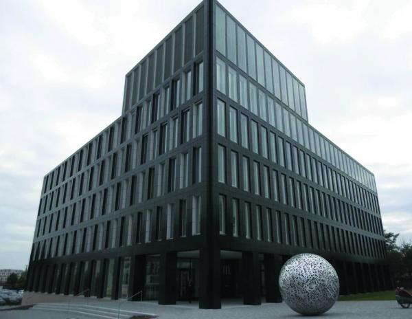 Budowa budynku biurowego Mittelbayerischer Verlag w Regensburgu, Ecke Fritz-Fend-Kumpfmühler Str. (Niemcy)